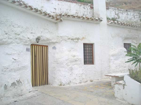 Cueva Hough