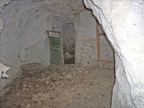 Cave room