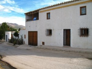 Cave House, 6 Bedrooms, SRN312