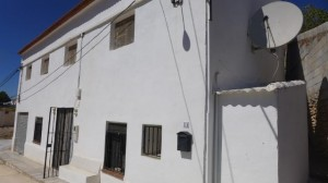Rural Property, 5 Bedrooms, SRN334
