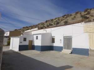 Cave House, 4 Bedrooms, JLBN18