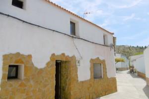 Village Property, 3 Bedrooms, CPQN11