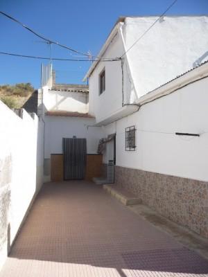 Cave House, 4 Bedrooms, JLCU06