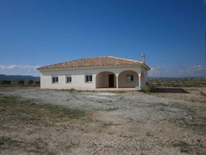 Rural Property, 3 Bedrooms, SAL053