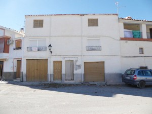 Town House, 4 Bedrooms, SAL067