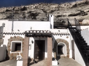 Cave House, 3 Bedrooms, PDG062