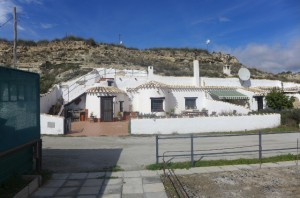 Cave House, 3 Bedrooms, SAL109