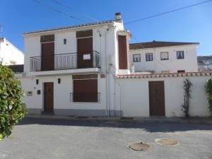Village Property, 4 Bedrooms, SAL115
