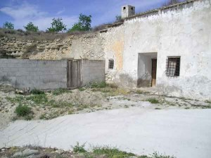 Ruin, SRN092