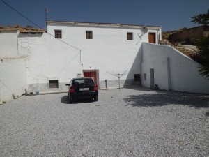 Cave House, 5 Bedrooms, SAL182