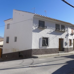 Town House, 6 Bedrooms, PDG093