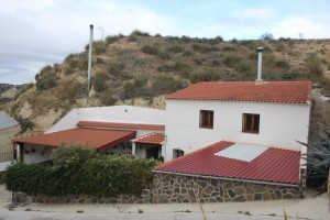Cave House, 4 Bedrooms, SAL205