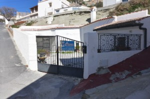 Cave House, 3 Bedrooms, SAL211
