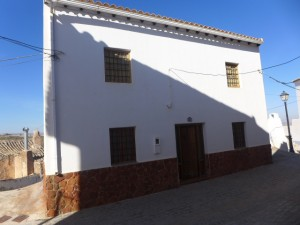 Village Property, 7 Bedrooms, JLFR007
