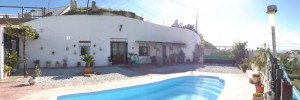 Cave House, 3 Bedrooms, SAL259