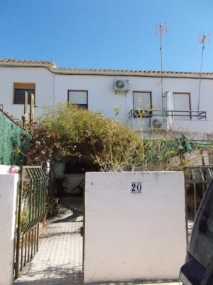 Village Property, 4 Bedrooms, FCL14