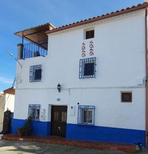 Village Property, 5 Bedrooms, SIP056L