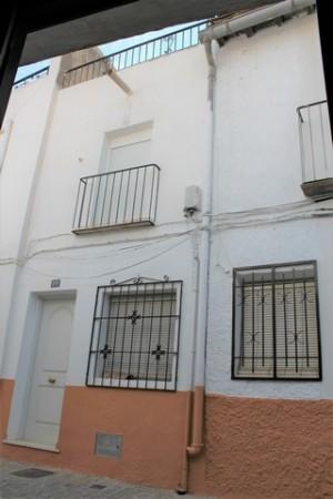 Town House, 3 Bedrooms, FSRN90