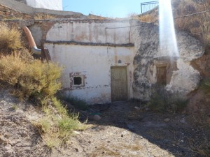 Cave House, 3 Bedrooms, JLFR23