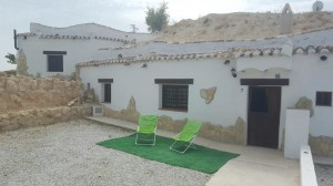 Cave House, 2 Bedrooms, SIP049s