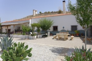 Cave House, 4 Bedrooms, SAL285