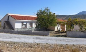 Rural Property, 4 Bedrooms, SAL295